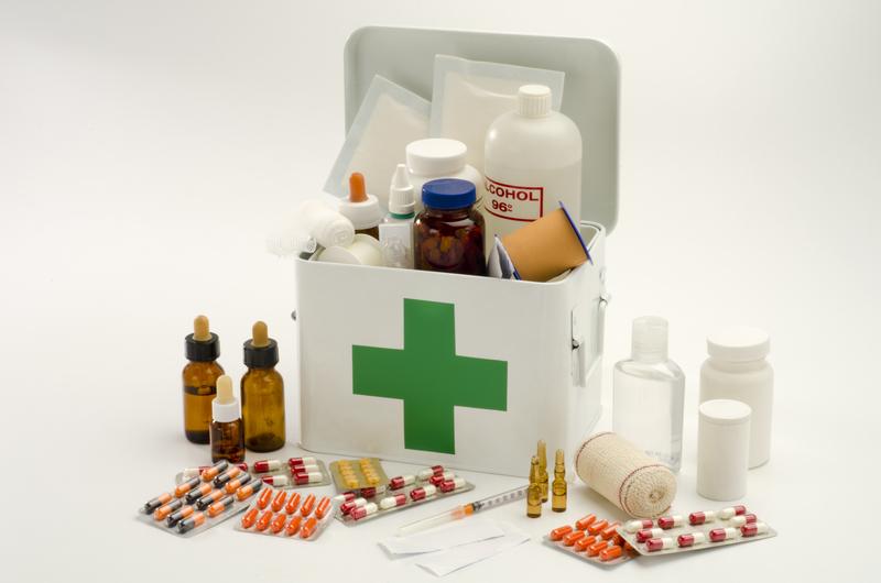 Правильно комплектуем аптечку на все случаи