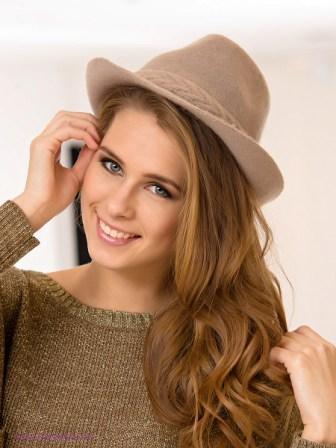Шляпа - незаменимый аксессуар в гардеробе каждой модницы