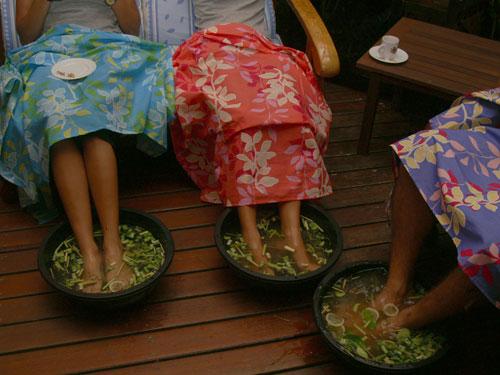 Процедуры по уходу за ногами и ступнями