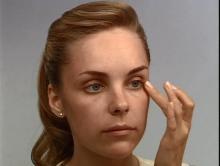 Увлажнение кожи лица перед макияжем
